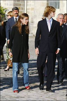 Charlotte Casiraghi and her brother Pierre receive Pascal Aujard who has covered 1000 kilometers on horseback from the Palace of Monaco to deliver a...