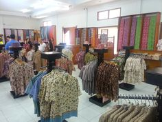 Batik Factory interior 4