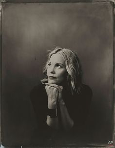 Instead Of Photographing Hollywood Stars With DSLR, Artist Uses Vintage Tintype Camera Leslie Bibb, Iron Man