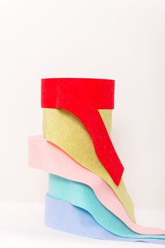 2mm Wool Felt Ribbon, 10 cm wide.  Made in Italy.  This felt can be used as a traditional felt (cut, sewn, glued ...) but can also be exploited for its thermoformability. http://www.dhgshop.it/item-felt-prefelt-2mm-thermoformable-wool-felt-ribbons_0_0_4_7_188.php