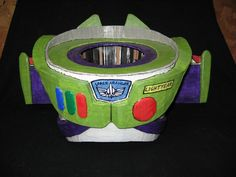 DIY Buzz Lightyear costume on instructables.com ...  this dad ROCKS!