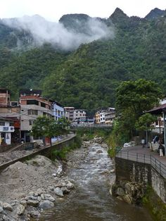 travel to machu picchu - stay in Aguas Calientes