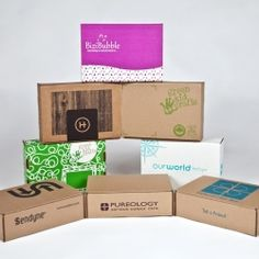 Packaging products and custom design with economical, eco-friendly materials.