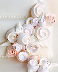 How to make meringue roses.