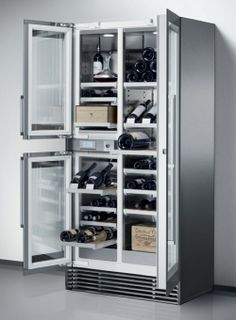 Wine storage refrigerator from Gaggenau is spacious and accommodative : Luxurylaunches Home Wine Bar, Home Wine Cellars, Wine Storage, Built In Storage, Best Wine Coolers, Built In Wine Cooler, Space Saving Kitchen, Best Refrigerator, Condo Remodel
