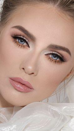 May 2020 - 41 Schöne Make-up Tutorials Ideen für blaue Augen # Bridal Makeup Augen blaue für Ideen Makeup Schone Tutorials Wedding Makeup For Blue Eyes, Bridal Eye Makeup, Natural Wedding Makeup, Blue Eye Makeup, Makeup For Brown Eyes, Wedding Hair And Makeup, Eyeshadow Makeup, Hair Makeup, Neutral Eyeshadow