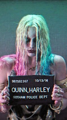 "Margot Robbie as ""Harley Quinn� in a Gotham City Jail…temporarily. from Suicide Squad Harley Quinn Drawing, Harley Quinn Comic, Margot Robbie Harley Quinn, Harely Quinn, Comics Girls, Gotham City, Gotham Batman, Batman Art, Batman Robin"