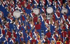 """Extracurricular activities can get you to China, Hawaii, Ireland -- or even in the Macy's Day Parade! """"Hello, Big Apple! Mesa's Mountain View High band to march in Macy's parade."""" B*"""