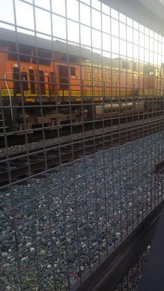 BNSF Stack Train Power at Fullertom