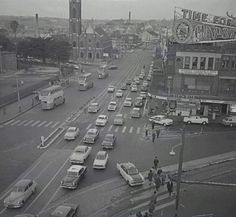 Oxford Street, meets Taylor Square, Darlinghurst in Sydney, Australia. ca.1961.Photo shared from the City of Sydney Archives. v@e.