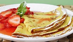 Crêpes with Strawberry Compote......yum!!!
