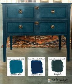 Layering chalk paint with Annie Sloan chalk paint. Painted furniture ideas and chalk paint custom colors. How to mix AS chalk paints. Annie Sloan Chalk Paint Aubusson Blue, Annie Sloan Painted Furniture, Annie Sloan Paints, Annie Sloan Chalk Paint Colors, Blue Chalk Paint, Annie Sloan Graphite, Refurbished Furniture, Repurposed Furniture, Shabby Chic Furniture