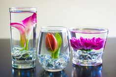 DIY Submerged Flower Arrangements - these could make interesting centerpieces for a bridal shower Gel Wax, Diy Flowers, Paper Flowers, Flower Ideas, Submerged Flowers, Underwater Flowers, Floating Candle Centerpieces, Grands Vases, Diy Bouquet
