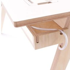 Plywood Table, Plywood Shelves, Plywood Furniture, New Furniture, Furniture Projects, Furniture Making, Furniture Design, Home Studio Setup, Electric Standing Desk