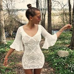 """""""This beautiful, handmade dress was created by @emmaoclothing1. Emma donates 60% of her clothing line's profits to charity. She has already helped 5…"""""""