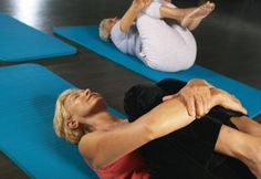 Exercises for a Flat Stomach on Women Over 60