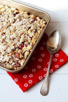 Rhabarberkuchen mit Ricotta – und Streusel. Mmmmhhh! › Schön und fein