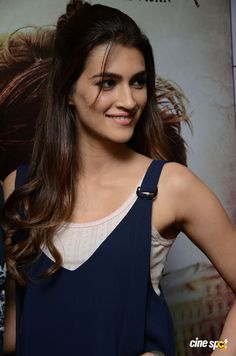 Kriti Sanon at Raabta Movie Promotion (2)