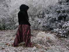 Winterwonderland <3  Warm harempants & hooded scarf  #harempants #hoodedscarf #goa #hippie #handmade #winter #goahose
