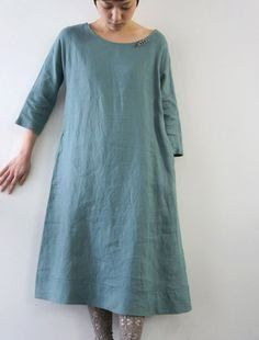 simple and perfect - because everyone wants to look like you're wearing a hospital gown around town.