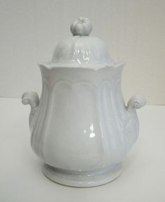 English WHITE IRONSTONE FIG Finial SUGAR BOWL St Louis Shape J EDWARDS 1830's offered on ebay for $99