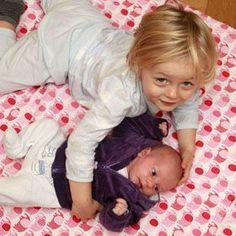 Eifersucht vermeiden: Wenn das Erstgeborene entthront wird #Geschwister #zweites Kind #Eifersucht