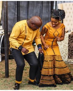There's no reason that girls who wear treaditional can't take up on the latest trends. So, we are talking about TRENDING XHOSA STYLES Xhosa Attire, African Attire, African Wear, African Outfits, South African Traditional Dresses, Traditional Outfits, African Traditions, African Dresses For Women, Couple Outfits