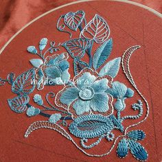 #embroiderydesign #stitch #embroideryhoop #blue #needlework #handmade #howlovely #homestagram #손자수 #창작