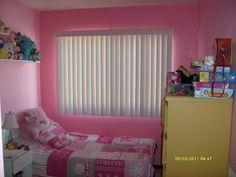 Cortinas verticales en habitación infantil. Bed, Furniture, Home Decor, Child Room, Kids Rooms, Sweetie Belle, Decoration Home, Stream Bed, Room Decor