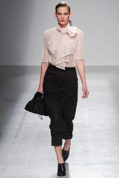 #VéroniqueLeroy #SS2015 #Catwalk #PFW #Paris #trends #net #blackAndWhite