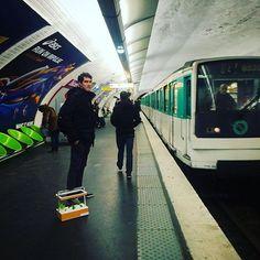 Poetry in the Parisian #metro 🌱🚇 #fresh #herbs #paris