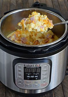 Ham, Egg, and Cheese Casserole Croc pot,(Instant Pot or Oven!) ~ http://www.southernplate.com