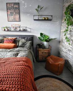 Ik vind de zondagaaf altijd zo'n gezellige avond. Dan nemen San en ik wat te drinken en lekkers mee naar boven en gaan we gezellig in bed de luizenmoeder en Soof kijken I knowLekker buuuuurgelijk #kanmijhetschelenikhouervan . . . #interiorwarrior#interior4all#myhome2inspire#eclectichome#myinterior#inredning#nordicstyle#livingroom#livingroomdecor#homeinspiration#interiorinspo#charminghomes#industrialliving#nordicstyle#interior123#interior444#home#instahome#bedroomdetails#blogger#rust...