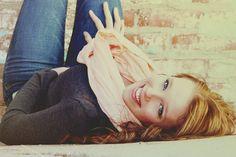 Senior portrait for girls- female pose - outdoor lighting picture - senior picture ideas for girls Female Senior Portraits, Senior Portrait Poses, Senior Girl Poses, Senior Girls, Female Poses, Portrait Ideas, Senior Pictures 2014, Poses For Pictures, Picture Poses