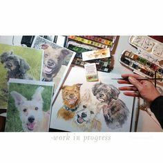 Kombiniert aus drei Einzelfotos und auf dem Bild vereint: die drei lebten nicht zur gleichen Zeit. Ein anruhrender Kundenwunsch, und eine besondere Ehre, Erinnerungen malen zu dürfen. Dankeschön! #wandklex #petportrait #dog #hund #custompaint #comission #etsyfindes #etsygifts #etsyfinds #unseretsy #etsyshop wandklex.etsy.com