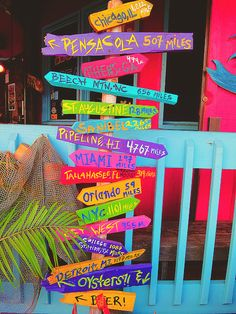 This would be a cute idea for our backyard and put special, fun places or places we want to go one day! This would be a cute idea for our backyard and put special, fun places or places we want to go one day! Pool Signs, Beach Signs, Deco Surf, Backyard Beach, Backyard Signs, Garden Signs, Directional Signs, Tiki Hut, Beach Bars
