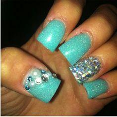 Aquarium blue nails