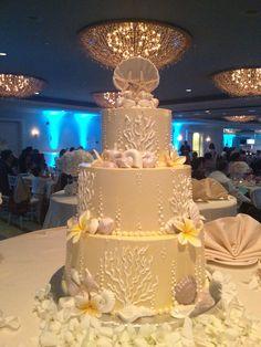 Beach wedding cake #weddingcake #sdweddingsbygina