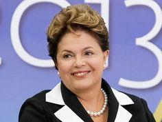 Dilma prestigia candidatos antes de norma eleitoral