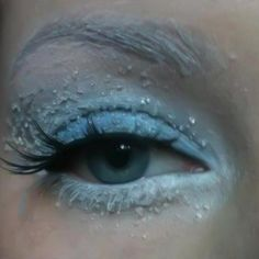 Would you try Winter Makeup Look by Nanna R? Vote on Preen.Me!