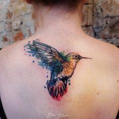 Conceptual hummingbird by Karolina Kubikowska.