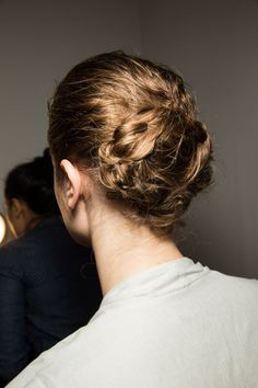 Trendy Chignon hairstyles for FW Messy bun updo. Braided bun updo hairstyle at Altuzarra fall winter More Hair Trends. 2015 Hairstyles, Pretty Hairstyles, Braided Hairstyles, Wedding Hairstyles, Braided Updo, Good Hair Day, Great Hair, Chignon Hair, Bun Updo