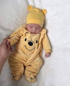 38 ideas for fashion kids photography style Lil Baby, Baby Kind, Little Babies, Cute Babies, Foto Baby, Cute Baby Pictures, Baby Boy Fashion, Fashion Kids, Style Fashion