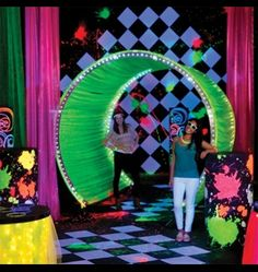 The kids will Glow Crazy when they see this Electric Youth Theme at their Senior All Night Party. They are the perfect party favors to accent this theme. Glow Party Decorations, Prom Decor, School Dance Decorations, Unique Prom Themes, Glow In Dark Party, Middle School Dance, Homecoming Themes, Neon Birthday, Birthday Ideas