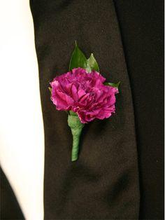 Basic carnation boutineer