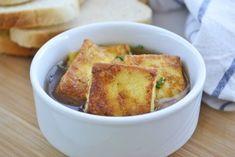 Diese Toastwürfel sind eine köstliche Suppeneinlage. Dieses Rezept geht einfach und begeistert besonders ihre Kinder. Cornbread, French Toast, Soup, Snacks, Cooking, Breakfast, Ethnic Recipes, German Recipes, Monkey