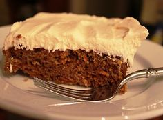 Vintage Pollyanna: Old-Fashioned Carrot Cake