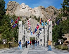 Mount Rushmore favorite-places-i-ve-been Places Around The World, The Places Youll Go, Places To See, Places Ive Been, Work Travel, Travel Usa, Hampshire, Wyoming, Mount Rushmore National Park