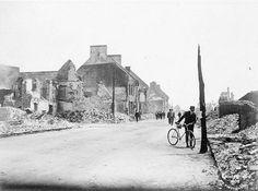 Ruines au lendemain du grand incendie de Trois-Rivières, 22 juin 1908. BAC Trois Rivieres, My Ancestors, Vintage, June 22, Ruins