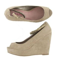 Pink and Pepper Francis Wedge in Taupe: These would look gorgeous with some high waisted shorts or a cute retro dress!